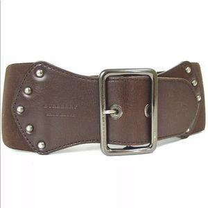 Burberry ladies belt in brown color